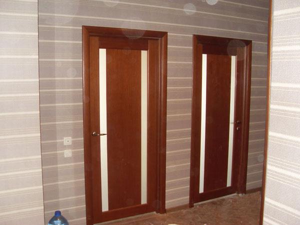 Входные двери из массива дерева купить в Санкт-Петербурге